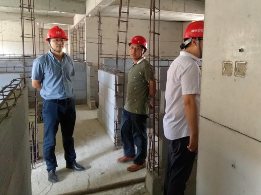 碧桂園豫北區域領導到我公司參觀考察